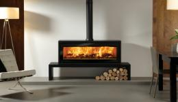 <p>Manufacturer: Stovax&lt;br&gt;Nominal output: 11kW&lt;br&gt;Fuel type:  wood&lt;br&gt;Smoke control exempt: no&lt;br&gt;Colours and finishes:  black paint&lt;br&gt;Net efficiency: 76%</p>