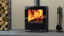 <p>Manufacturer:  Stovax&lt;br&gt;Nominal output: 5kW&lt;br&gt;Fuel type:    wood and  multi-fuel versions available&lt;br&gt;Smoke control exempt:  yes&lt;br&gt;Colours and finishes: gloss black paint finish&lt;br&gt;Net  efficiency: 74% wood, 76% smokeless fuel</p>