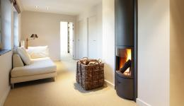 <p>Manufacturer: Stûv&lt;br&gt;Nominal output: 6-12kW&lt;br&gt;Fuel  type:   wood&lt;br&gt;Smoke control exempt: no&lt;br&gt;Colours and  finishes: stove body in black painted finish, facades available in 20 colours&lt;br&gt;Net efficiency: 88%</p>