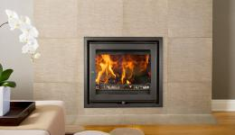 <p>Manufacturer: Jetmaster&lt;br&gt;Nominal output: 7.5kW&lt;br&gt;Fuel type: wood (multi-fuel with an optional multi-fuel kit)&lt;br&gt;Smoke control exempt: yes&lt;br&gt;Colours and finishes: black paint&lt;br&gt;Net efficiency: 84%</p>