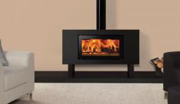 <p>Manufacturer: Stovax&lt;br&gt;Nominal output: 8kW&lt;br&gt;Fuel type:  wood&lt;br&gt;Smoke control exempt: no&lt;br&gt;Colours and finishes:  black paint&lt;br&gt;Net efficiency: 75%</p>