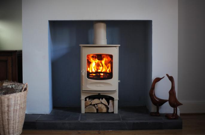 our brands victoria stone fireplaces wood stoves gas stoves wood burners throughout kent. Black Bedroom Furniture Sets. Home Design Ideas